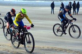 Sebastian Langeveld en Tessa Neefjes winnen 22e Egmond-Pier-Egmond